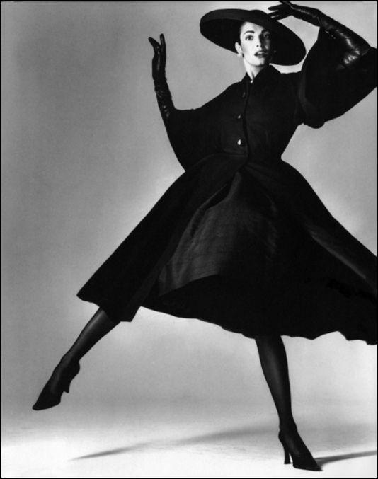 Richard Avedon , Black and White Fashion Photography