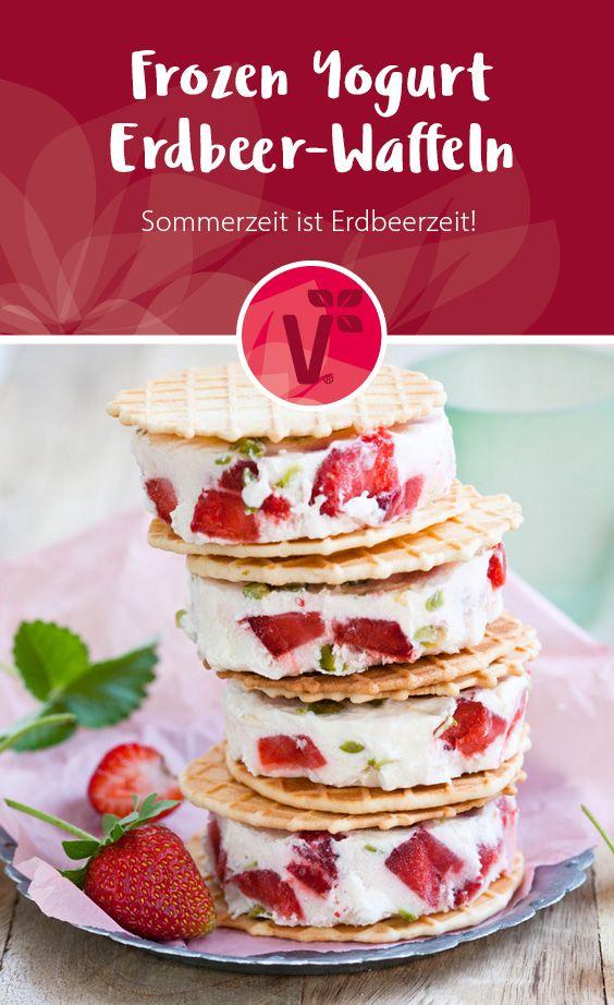 Sommerzeit ist Erdbeerzeit! Rezept für Frozen Yogurt Erdbeer-Waffeln aus frischen Erdbeeren!