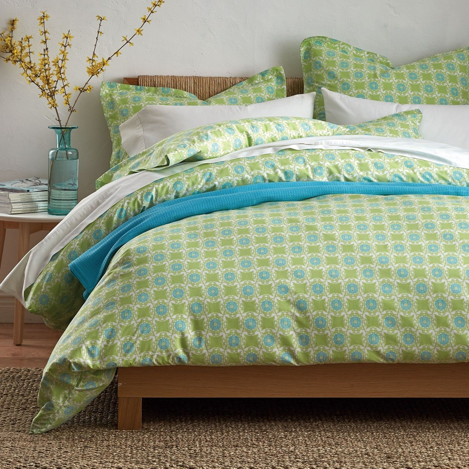 Floral medallion sheets and bedding set, cast in fresh