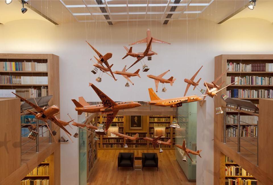 Jose Luis Martinez Library by Alejandro Sanchez Garcia Arquitectos