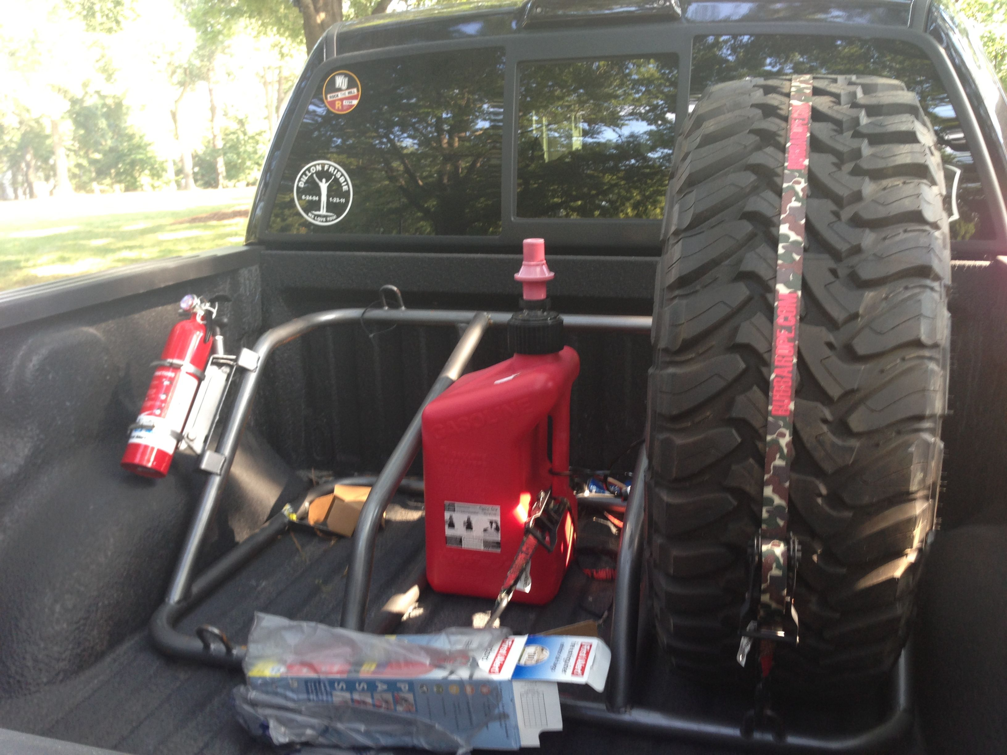 WSI tire rack with extinguisher mount Off road truck