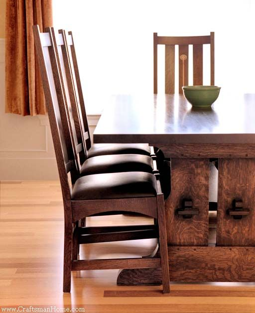 Craftsman Style Dining Room Furniture: Beautiful Stickley Harvest Table.
