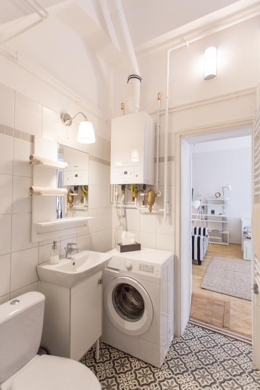 superschnes helles badezimmer mit gemusterten bodenfliesen und waschmaschine einrichtung badezimmer bad - Badezimmer Waschmaschine