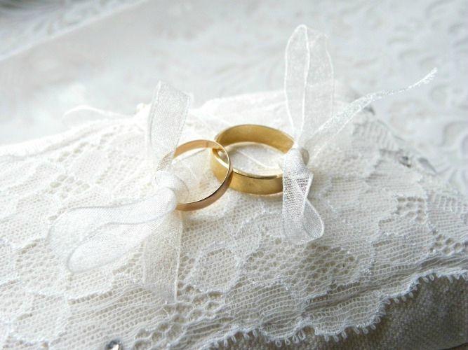 Coussin Porte Alliance Romantique Avec Dentelle Rétro Mariage - Porte alliance mariage