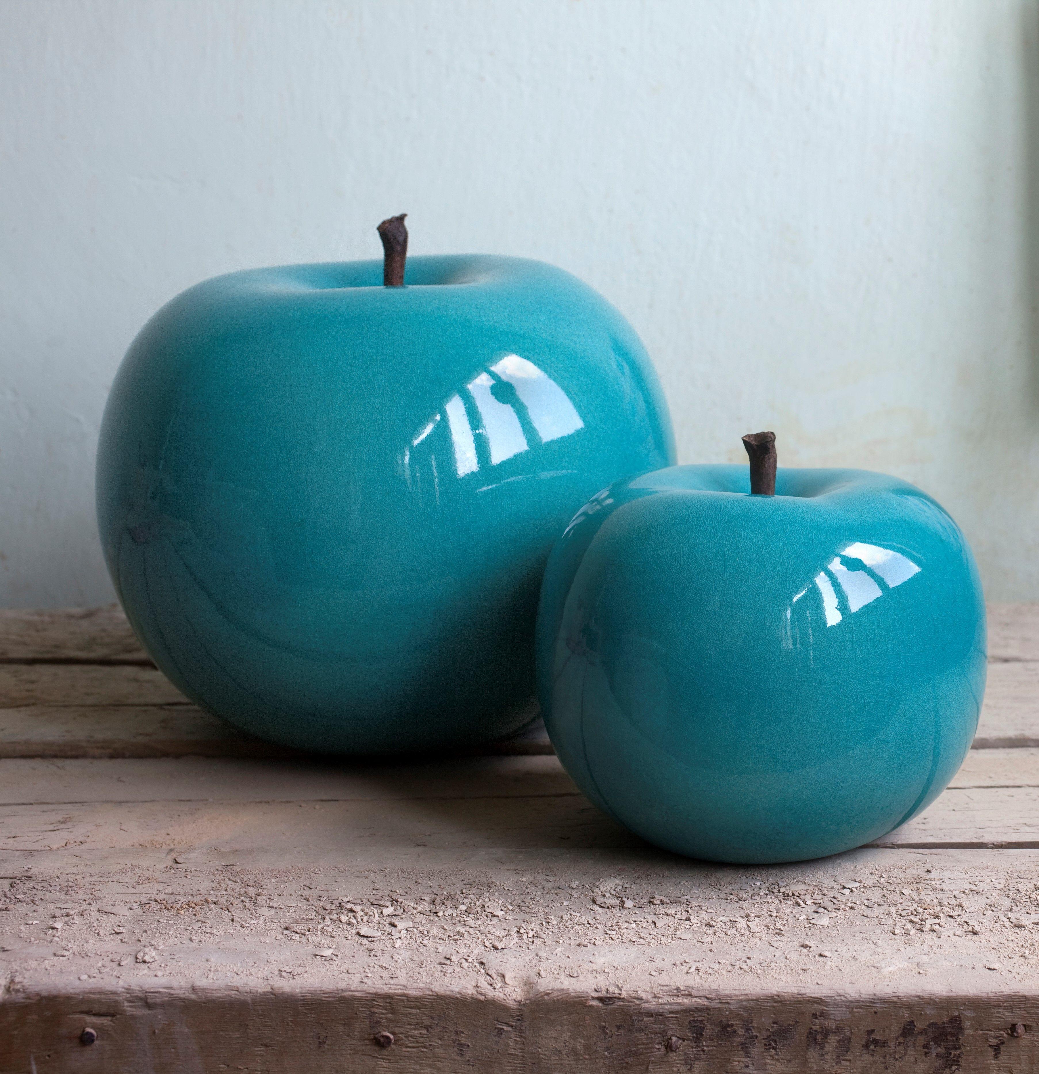 une pomme g ante en porcelaine bleue turquoise pour d corer son int rieur son h tel son. Black Bedroom Furniture Sets. Home Design Ideas