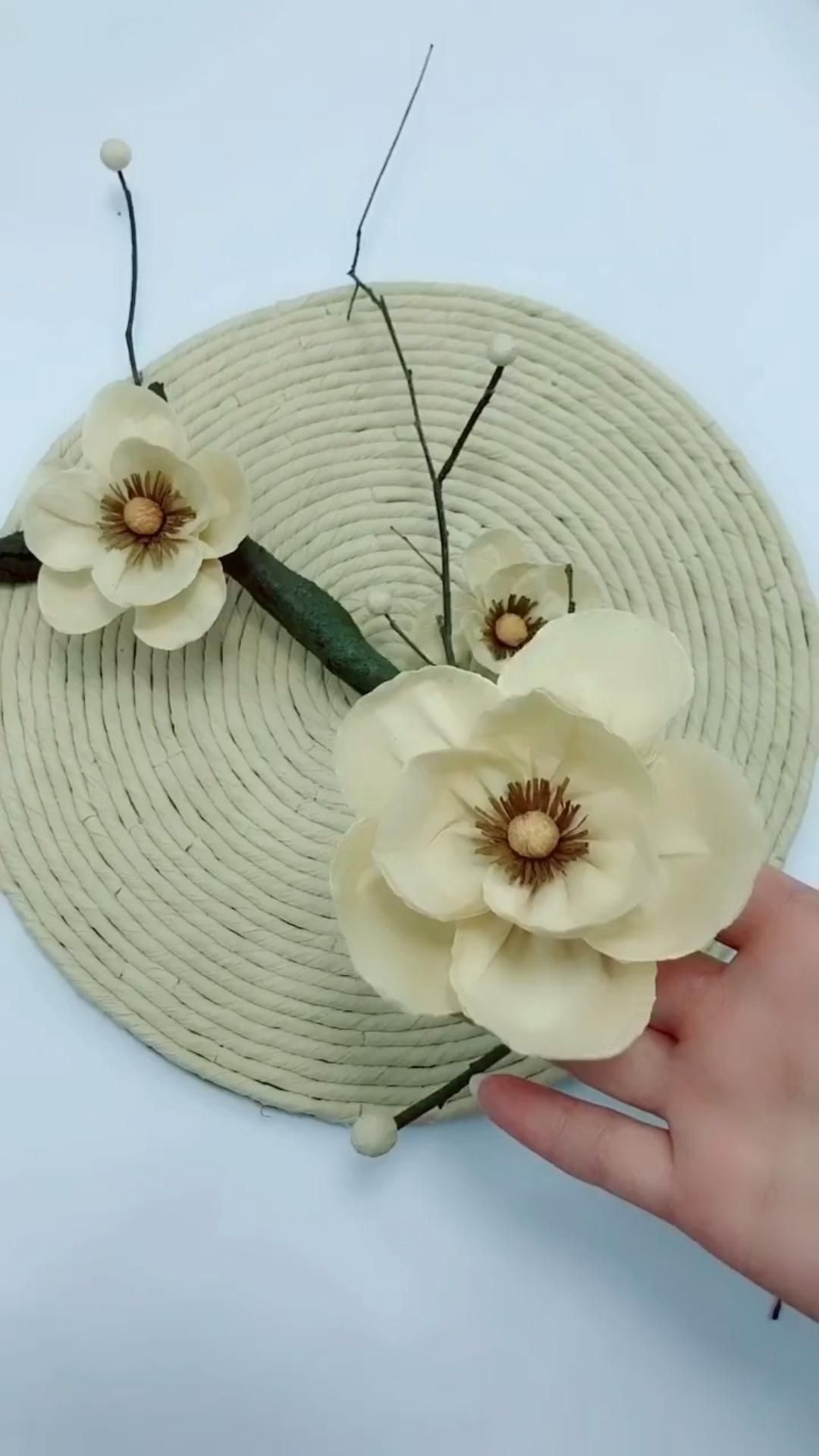 Photo of How to make a beautiful handmade flower with paper towel
