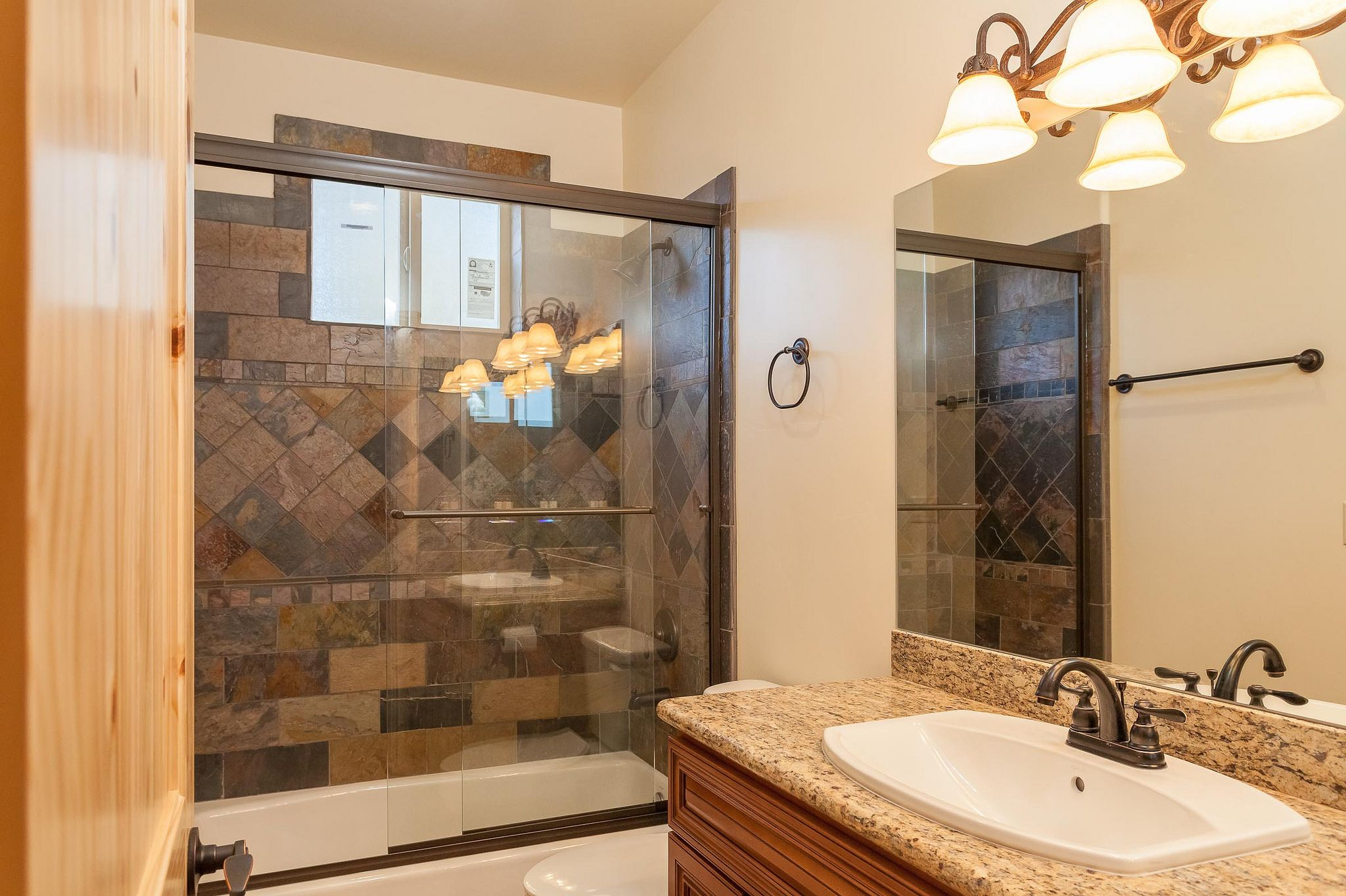 419 Starlight Circle, Big Bear CA 92315 by the Canaday Group. For a private tour, call Lee Ann Canaday 949-249-2424 #bathroom #guestbath #finehomes
