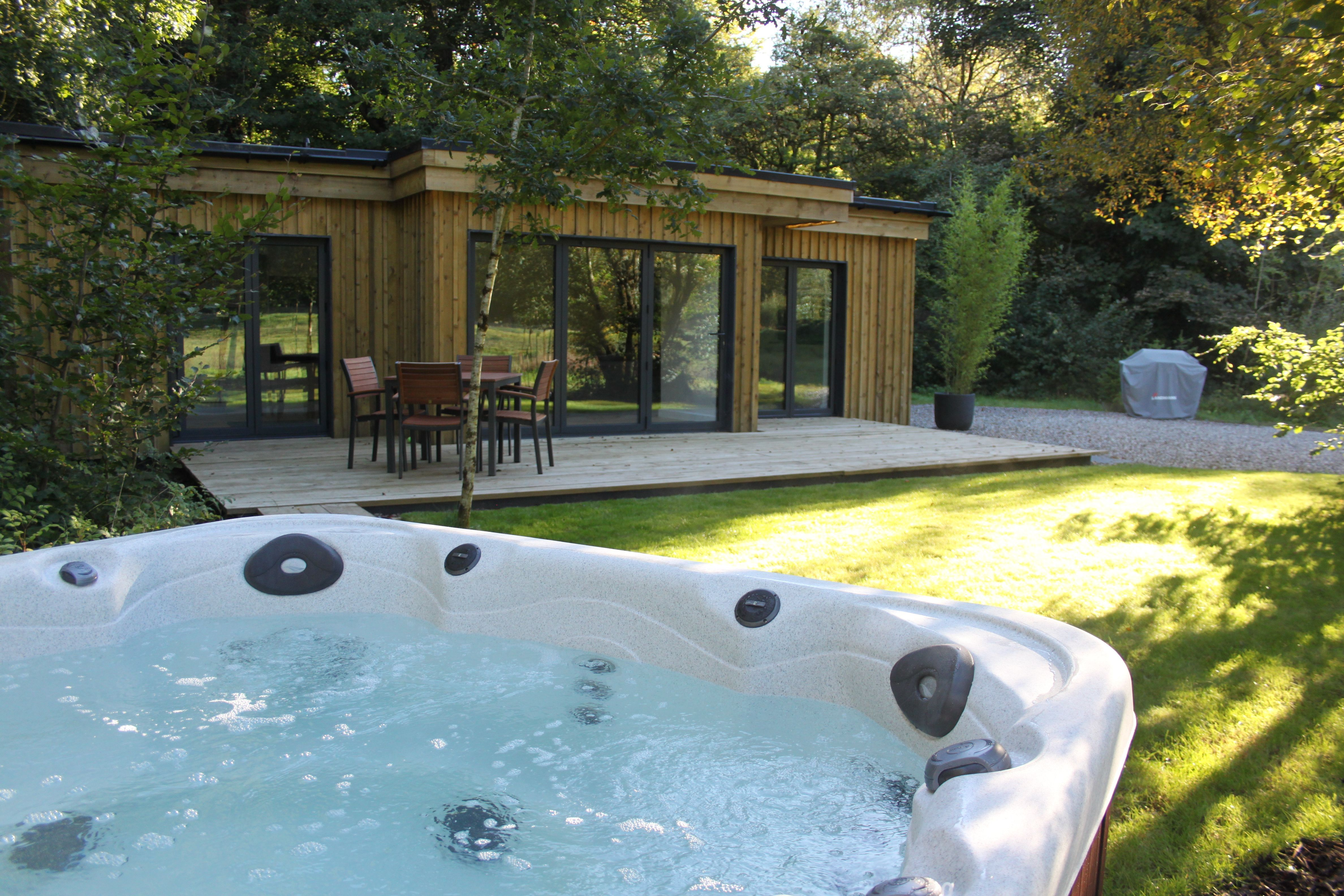 Beautiful Retreat With A Beautiful Hot Tub Utter Perfection