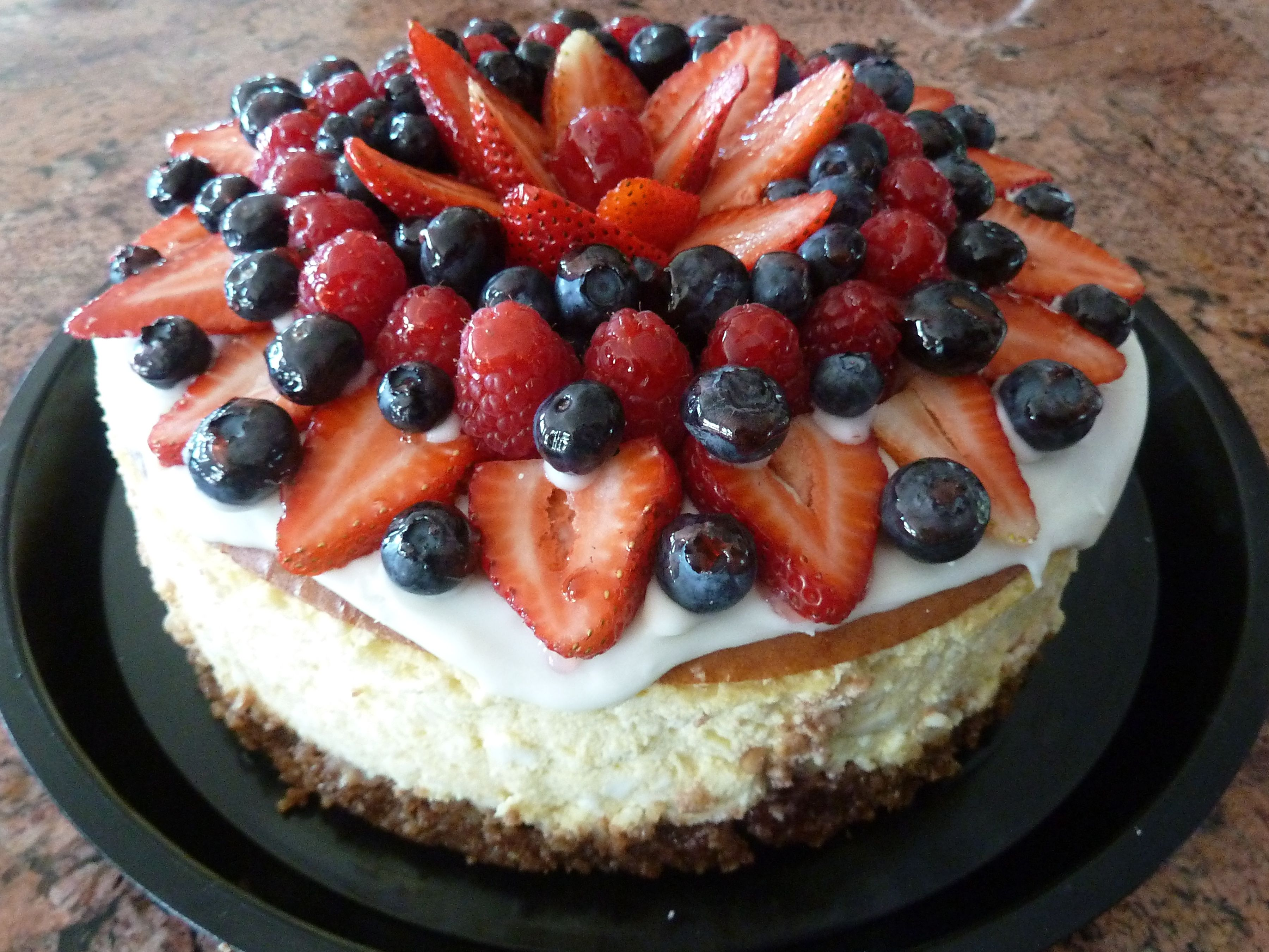 fruit decorated cheesecake Cheesecakes Pinterest ...