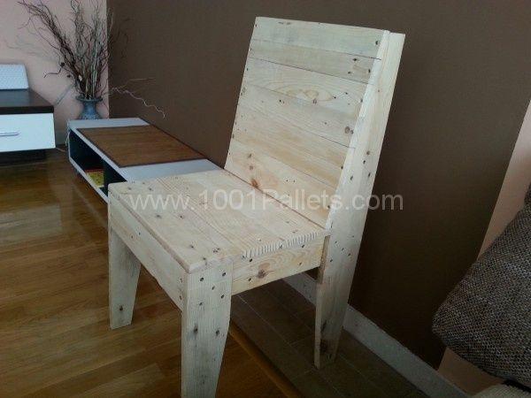 Chaise d'intérieur en palettes