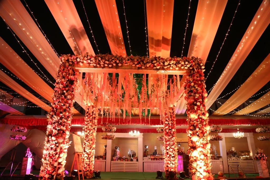 Best wedding halls in New Delhi. Delhi airport, Wedding