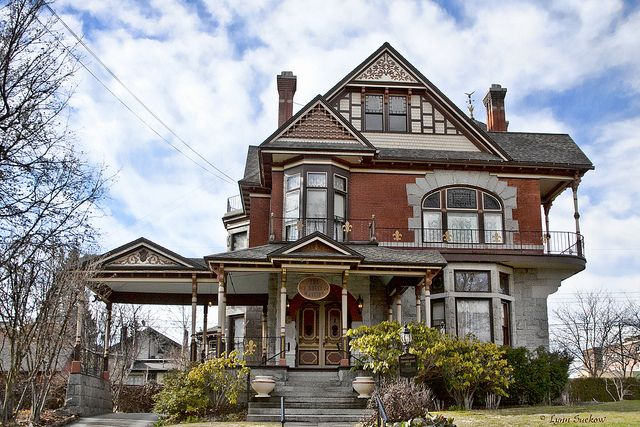 Lowenberg Roberts House Victorian Homes Victorian Style Homes Mansions