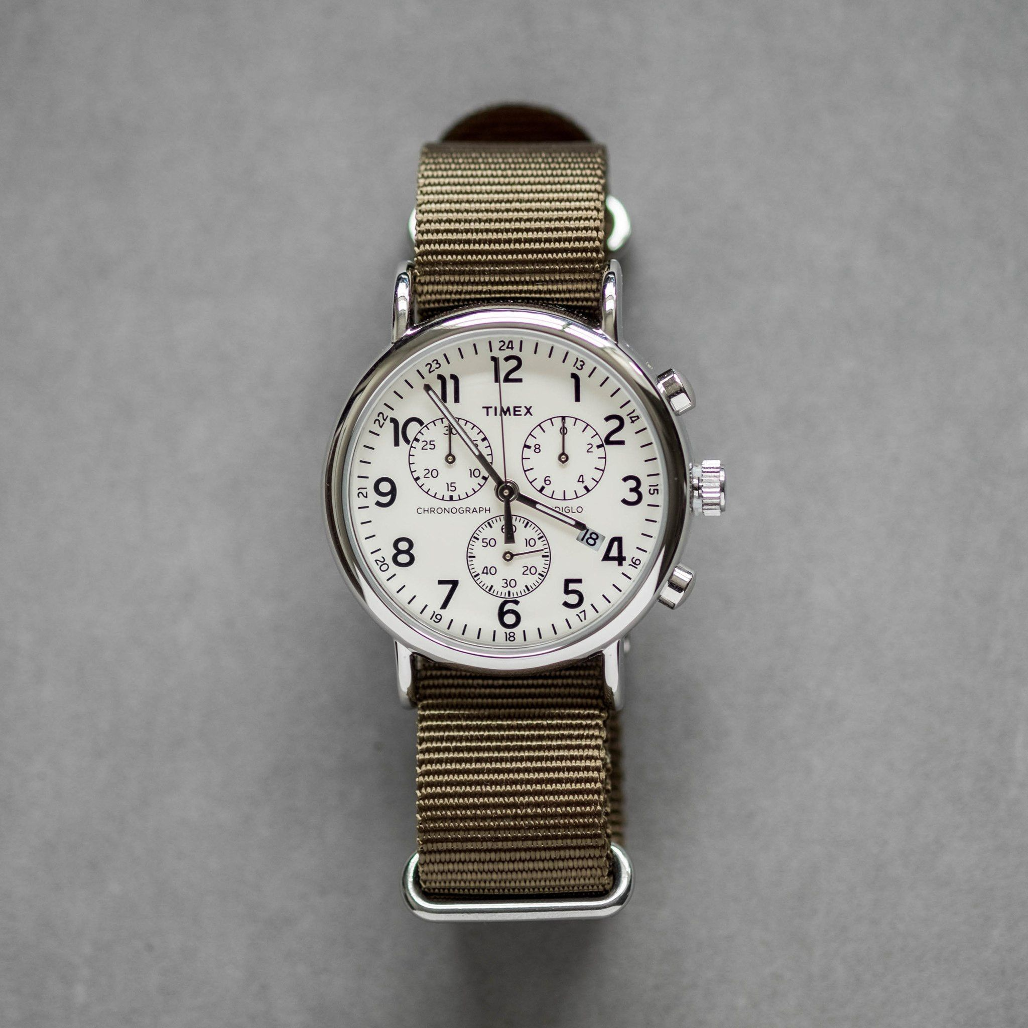 fe9c4a3231d8 Timex Weekender Chronograph Watch - Olive Green Nylon Strap Relojes Timex
