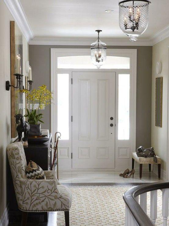 Great entryway for 9 ft ceilings...color around door