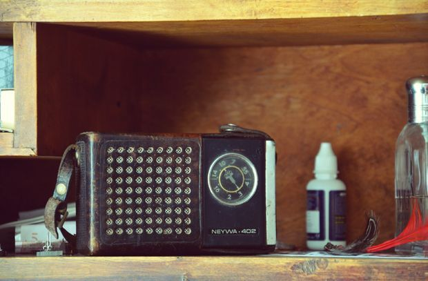 Converting Old Radio Into A Bluetooth Speaker Old Radios Bluetooth Speaker Bluetooth
