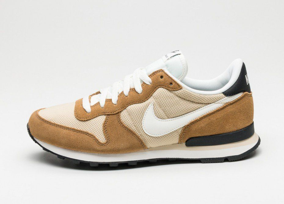 Nike Internationalist (Vegas Gold / Sail - Rocky Tan - Black)