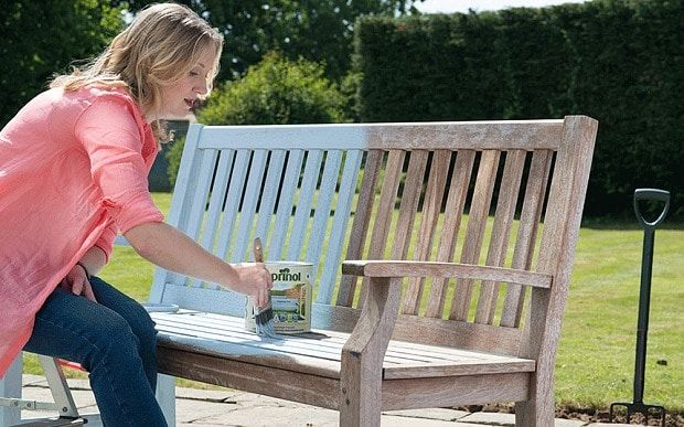 Garden Furniture Colours colour expert louise tod painting a garden bench | garden