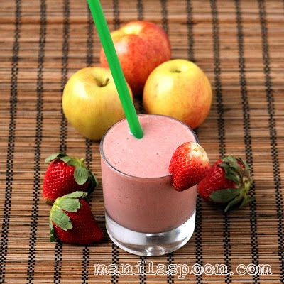 strawberry, banana and applesauce smoothie