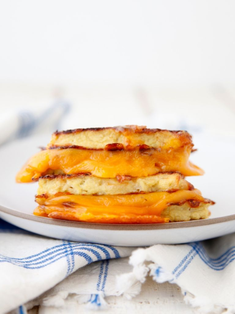 Cauliflower Crusted Grilled Cheese Recipe In 2020 Food Food