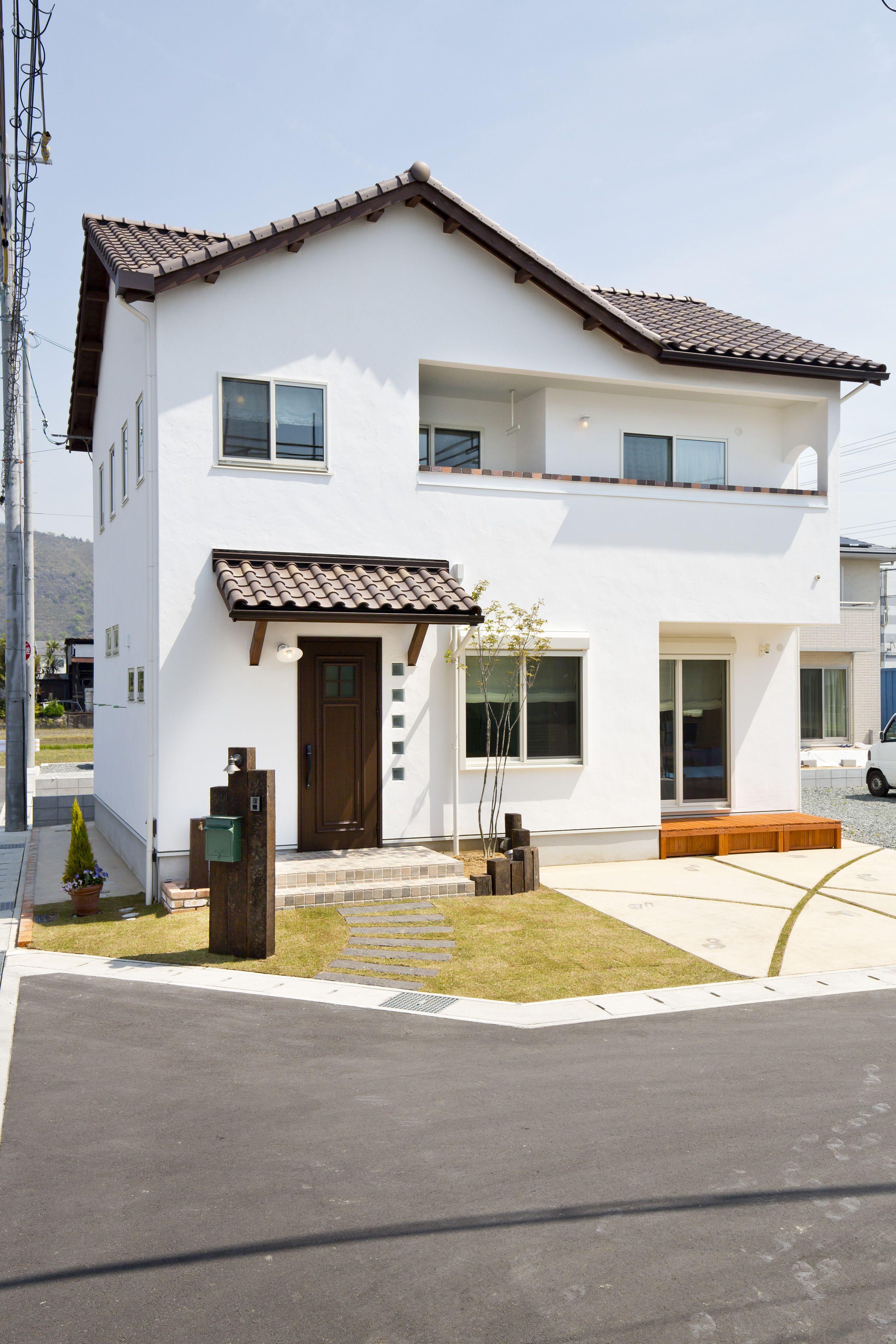 ケース102 和風の家の設計 玄関アプローチ デザイン 平屋外観