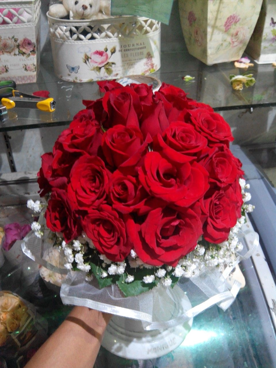 Bunga Pengantin Mawar Merah Baby Breath Hand Bouquet
