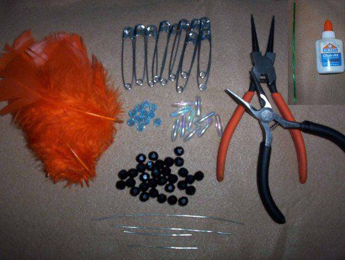 Images of indian head dresses from safety pins