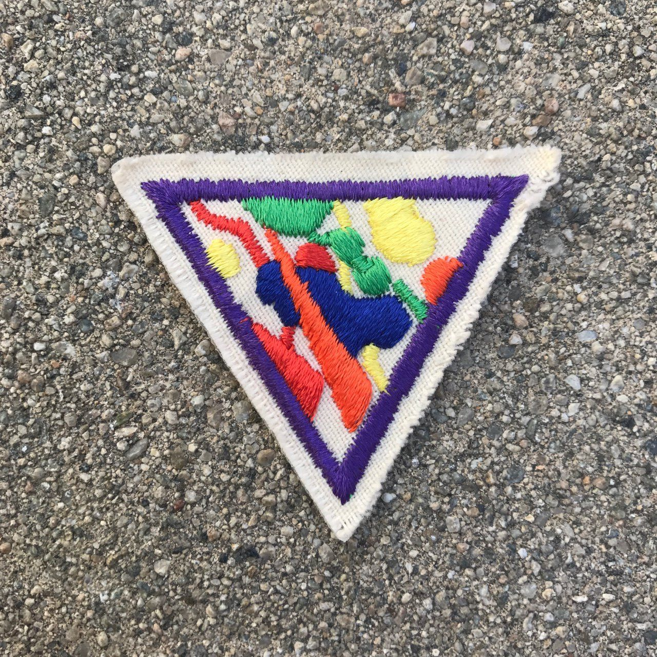 ☁️ | wild n colorful lil patch 🌈  | 1.5 x 1.5 | purple red orange yellow green on cream background | vintage 90s | put it on your favorite purse or jean jacket and add to your collection ✨all prices include shipping 📦 | #depop #depopfamous #patch