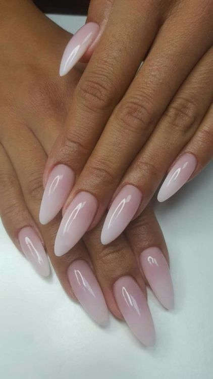 28 Gorgeous Almond Acrylic Nails You Won T Resist With Images Almond Acrylic Nails Almond Nails Designs Baby Boomers Nails