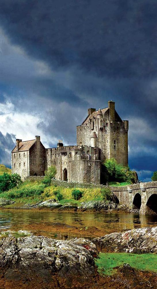 Eilean Donan Schloss, Schottland #creativelolo #art #travel #photography #illustrat …  – Großbritannien und Irland