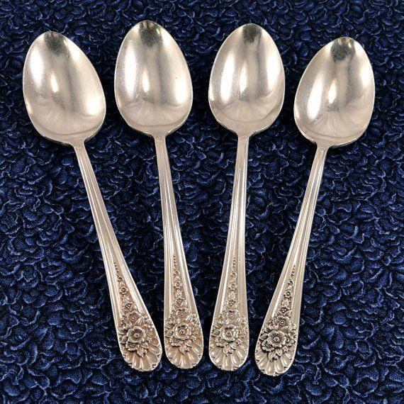 Set 4 Rogers JUBILEE Teaspoons Wm Rogers Mfg 1953 Vintage Silverplate Flatware