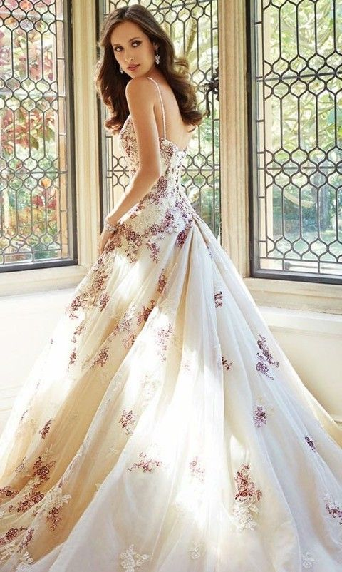 26 Gorgeous Floral Wedding Dresses That Inspire Floral Wedding Dress Purple Wedding Dresses Gowns Purple Wedding Dress