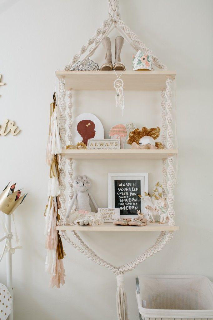 Crochet shelf nursery pinterest macrame and shelves for Free hanging bookshelves