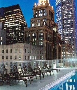 Commerce Tower 39 S Rooftop Heated Swimming Pool