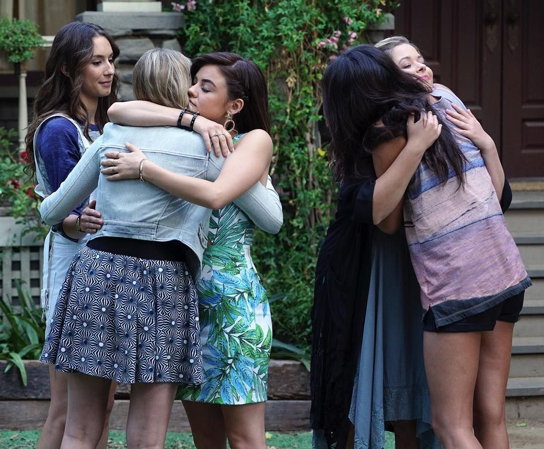 """43.3k Likes, 172 Comments - Pretty Little Liars (@prettylittleliars) on Instagram: """"Confession: We turned into a sobbing mess when we watched this scene... How are we ever going to…"""""""