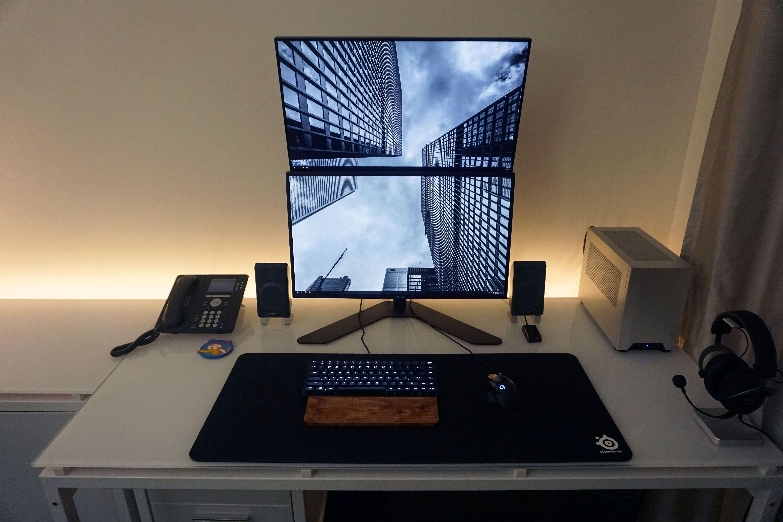Minimalist White Led Stacked Monitor Work Gaming