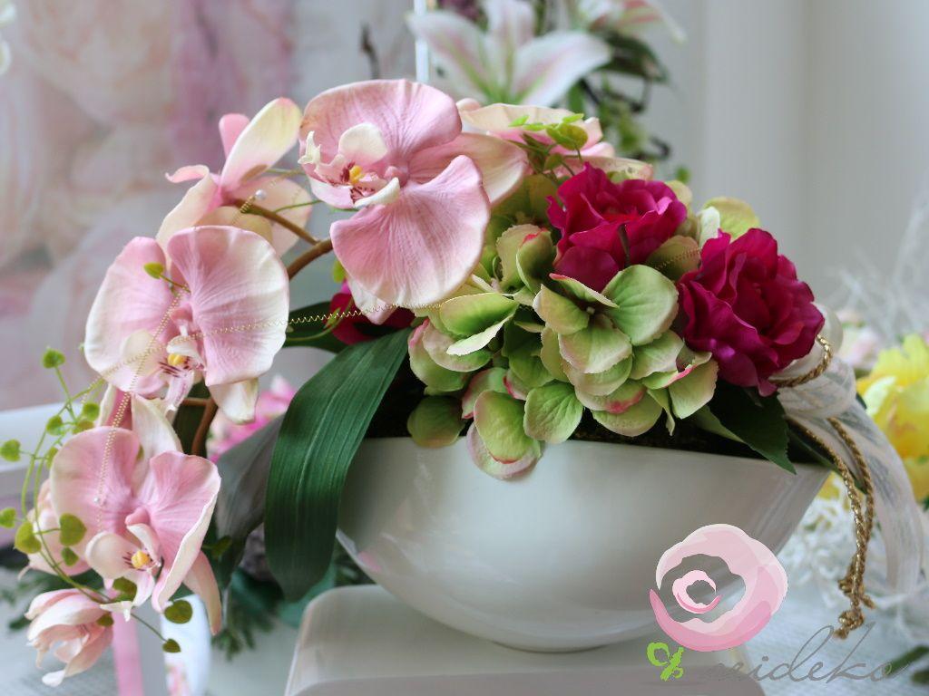 romantisch geschenk zur goldenen hochzeit dekoration aus blumen. Black Bedroom Furniture Sets. Home Design Ideas
