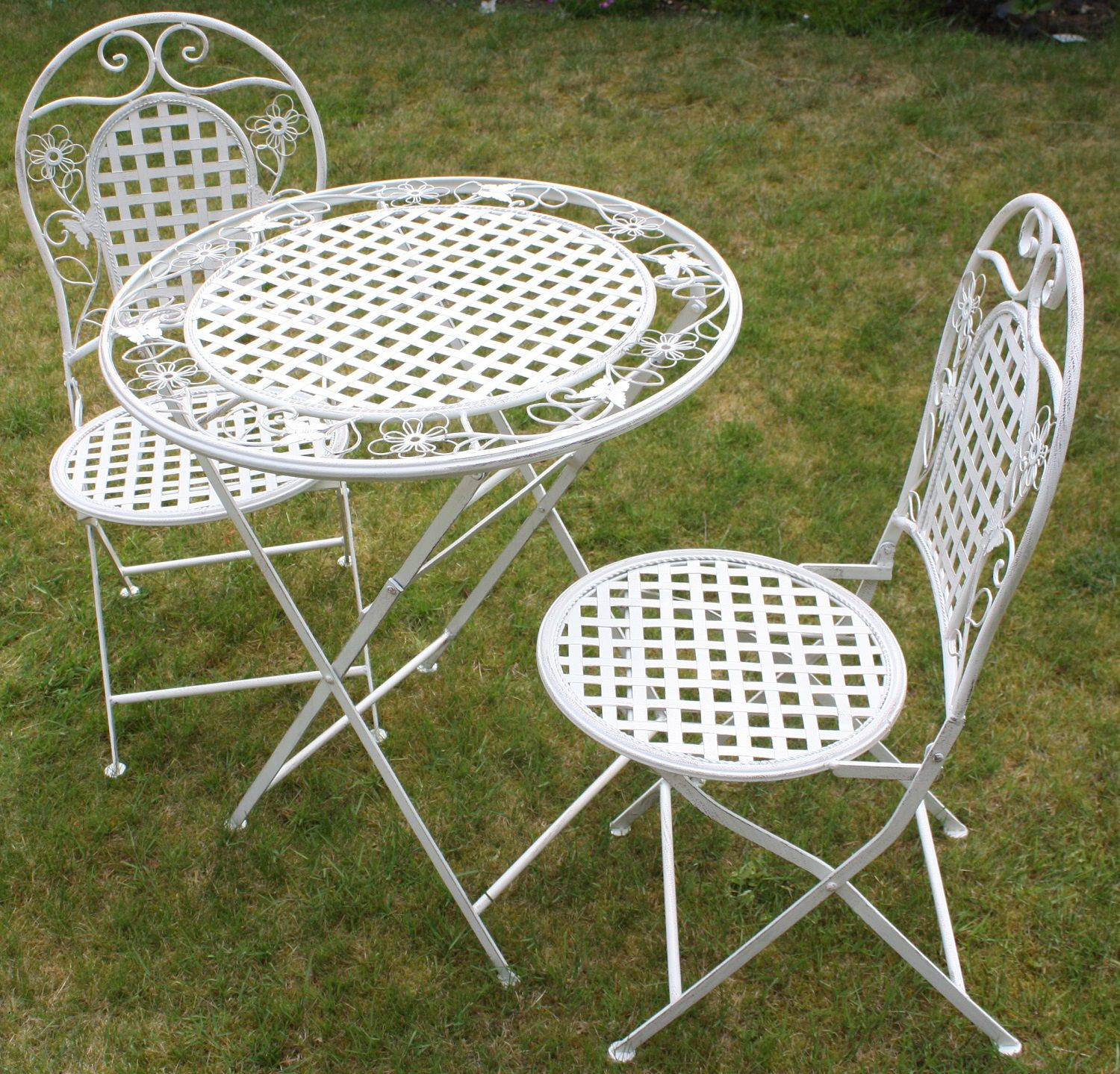 Lowes outdoor chairs A set of table and garden chair