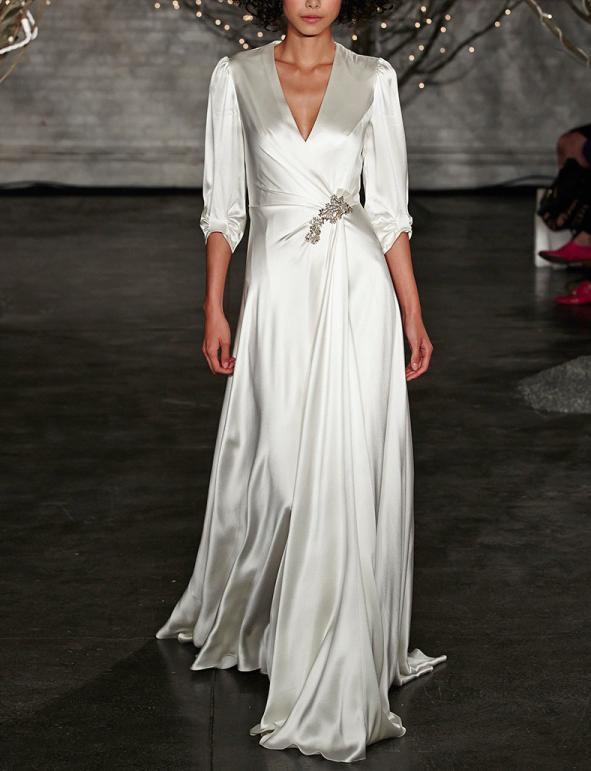 d8c23bff9c2 Свадебное шелковое платье с длинным рукавом и запахом