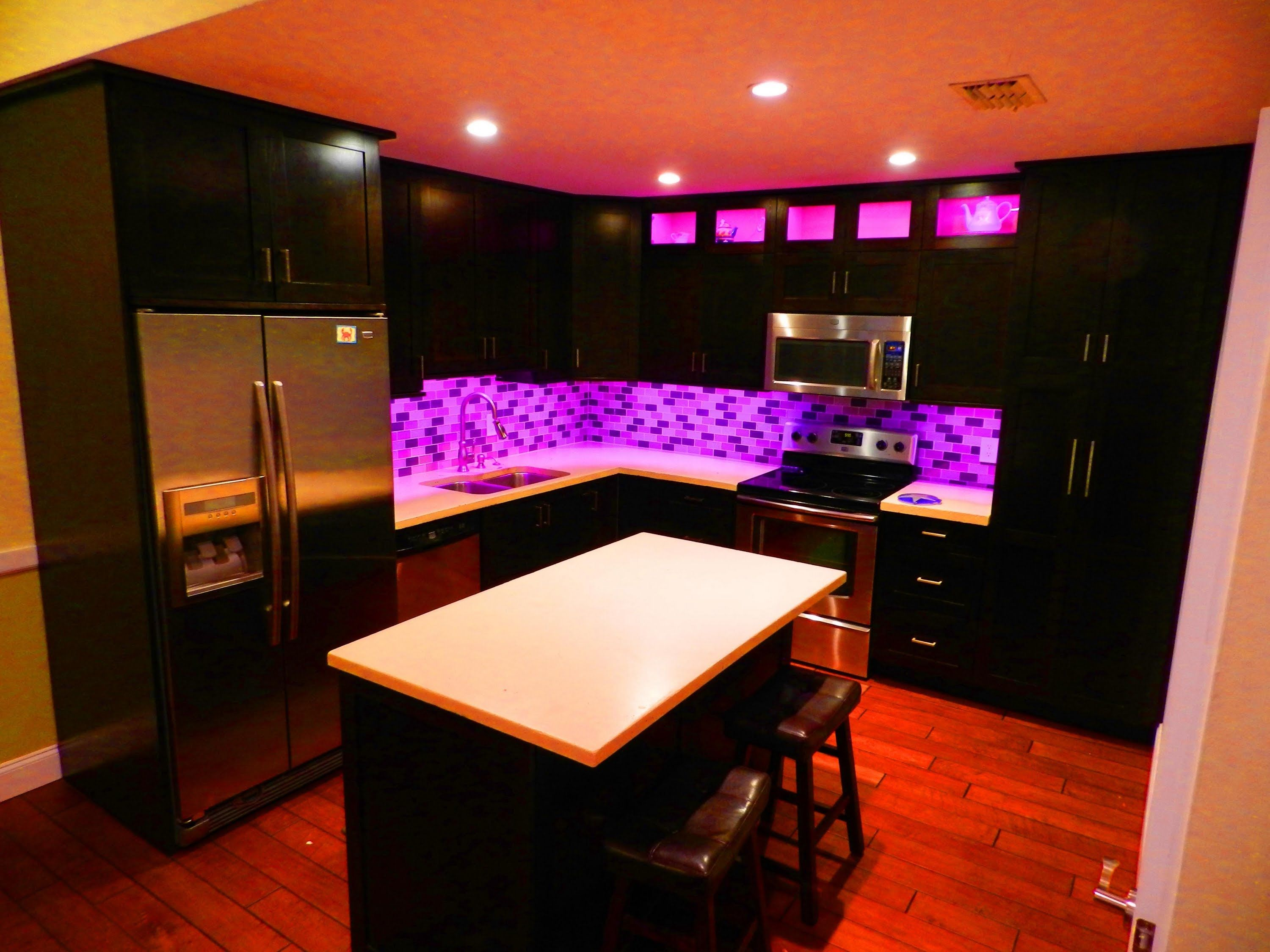 How To Install Color Changing Led Lighting Led Under Cabinet Lighting Kitchen Led Lighting Under Cabinet Lighting
