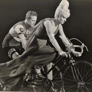 Joanne Woodward And Paul Newman Ride Bikes Bike Pinterest