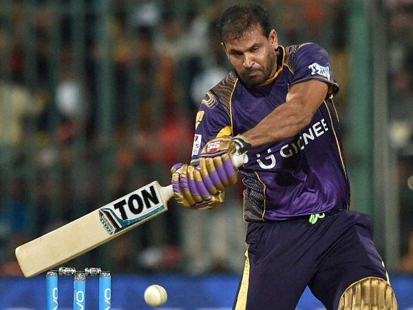 RCB bowling is not Popatwadi attack as Gavaskar said: Pathan - http://thehawk.in/news/rcb-bowling-is-not-popatwadi-attack-as-gavaskar-said-pathan/