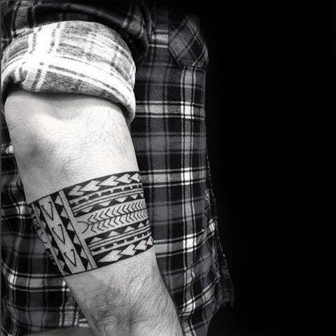 Top 55 Forearm Band Tattoo Ideas 2020 Inspiration Guide Forearm Band Tattoos Band Tattoos For Men Tribal Band Tattoo