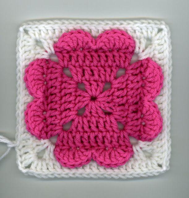 Pattern: Granny Square with hearts | m0tiv pačvork | Pinterest ...