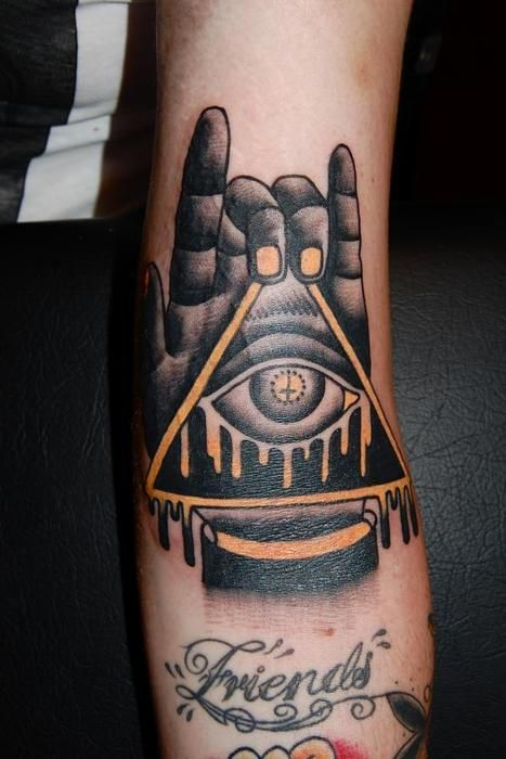 Black And Gold So Cool Tattoo Illuminati Tattoo All Seeing
