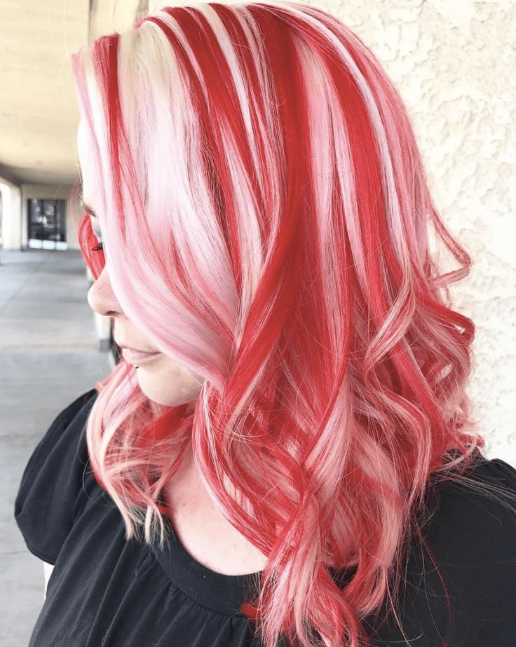 Beautiful candy cane hair color for Christmas? It's the