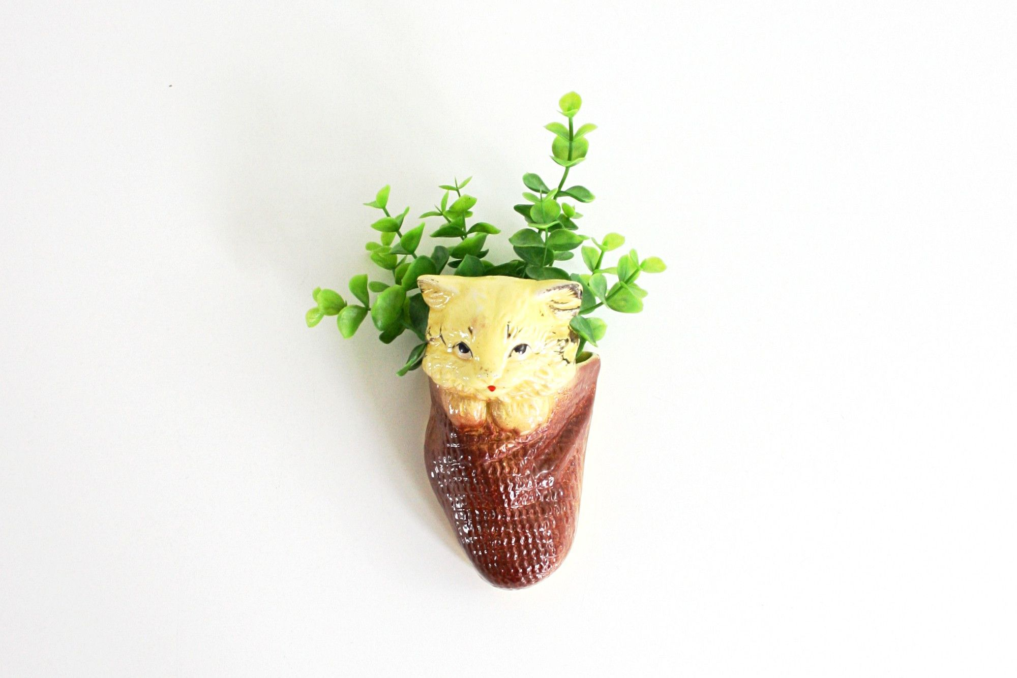 Vintage Yellow Ceramic Cat Wall Pocket / Vintage Kitty Wall Planter