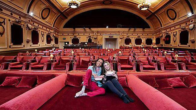 30 Best Movie Cinemas Around The World Cinemas In London Movie Theater Cinema Seats