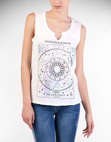 Constellations t-shirt. Stradivarius.