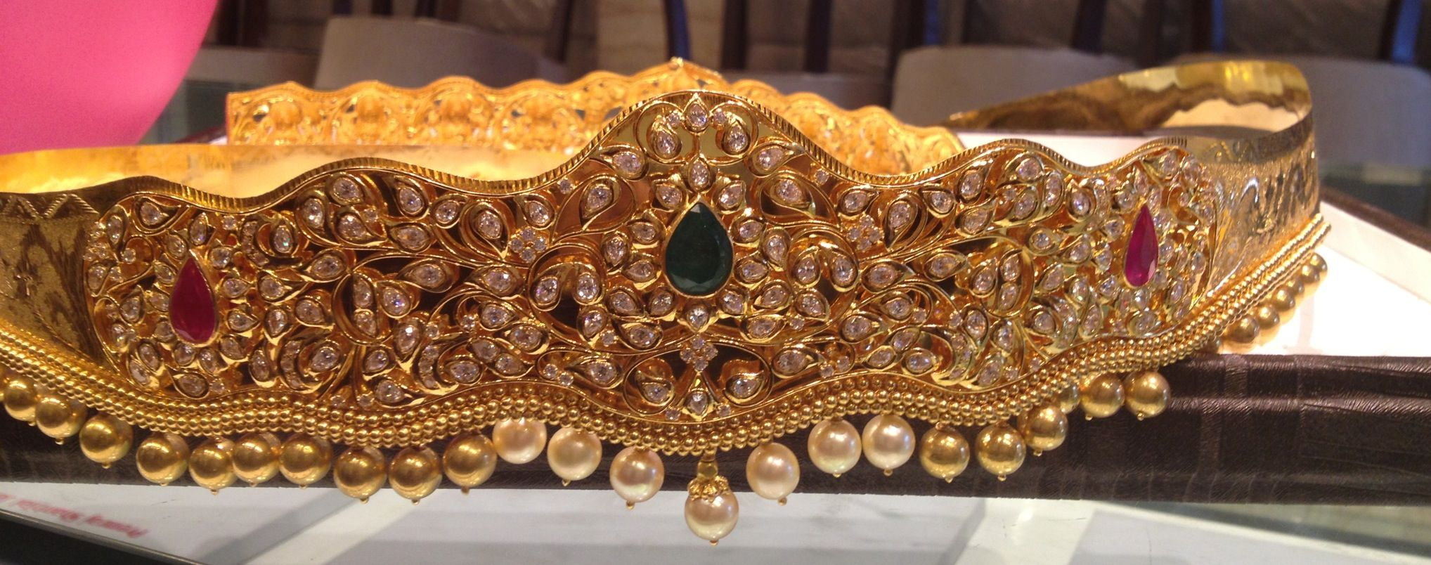 Gold vaddanam oddiyanam kammarpatta waisbelt designs south indian - South Indian Uncut Diamond Waist Belt