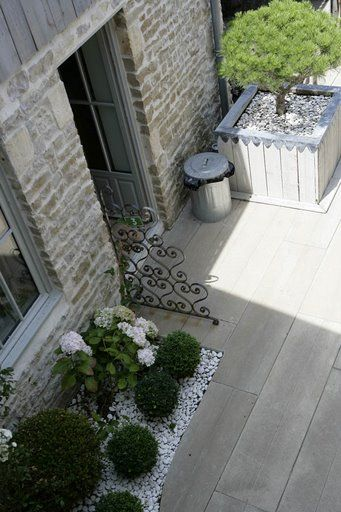 Patio vu de la terrasse Jardin En Béton Pinterest La terrasse - Faire Une Terrasse En Beton